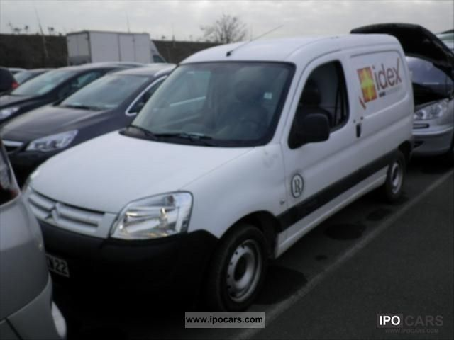 2007 citroen berlingo 600kg cft car photo and specs. Black Bedroom Furniture Sets. Home Design Ideas