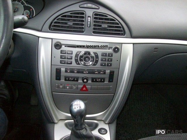 2005 Citroen C5 II 2.0 16V Tendance facelift - Car Photo and Specs