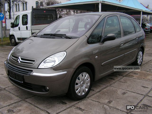2008 citroen xsara picasso 1 6 tendance car photo and specs. Black Bedroom Furniture Sets. Home Design Ideas