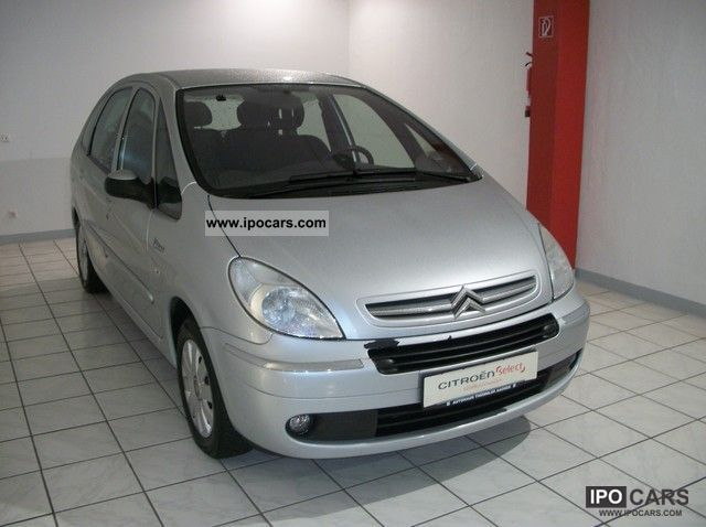 2006 Citroen  Xsara Picasso HDi 110 Exclusive 1.Hd./AHK Van / Minibus Used vehicle photo