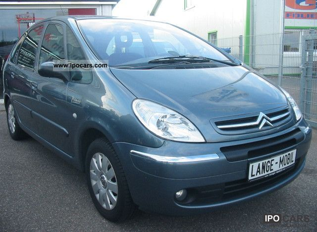 2005 Citroen  Xsara Picasso 1.8i Exclusive Van / Minibus Used vehicle photo