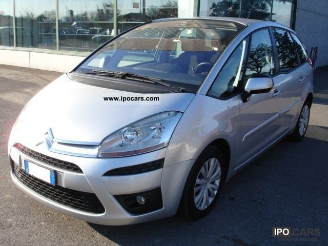 2008 citroen c4 gr picasso 2 0 hdi 138 fap cmp 6 excl car photo and specs. Black Bedroom Furniture Sets. Home Design Ideas