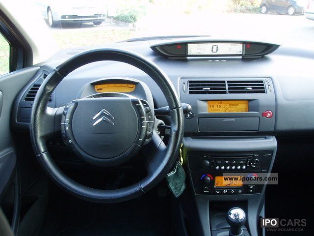 2004 Citroen C4 HDi 110 FAP Confort Limousine Used vehicle photo 12
