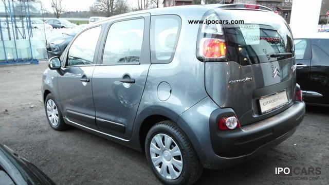 2010 citroen c3 picasso vti 95 car photo and specs. Black Bedroom Furniture Sets. Home Design Ideas