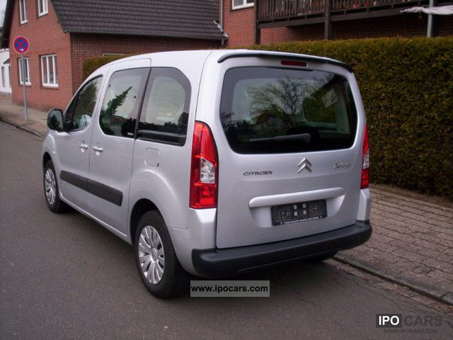 2010 citroen berlingo multispace 1 6 hdi 90 fap with 2 sliding car photo and specs. Black Bedroom Furniture Sets. Home Design Ideas
