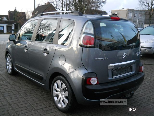 2009 citroen c3 picasso hdi 110 fap tendance climate commerce car photo and specs. Black Bedroom Furniture Sets. Home Design Ideas