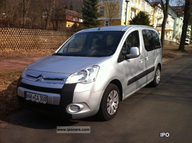 2010 citroen berlingo multispace iii hdi 110 car photo and specs. Black Bedroom Furniture Sets. Home Design Ideas