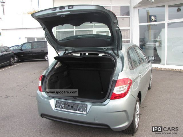 2012 citroen c4 vti 120 attraction comfort package final price car photo and specs. Black Bedroom Furniture Sets. Home Design Ideas