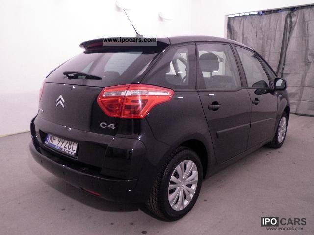 2010 citroen c4 picasso diesel 1 6hdi 110km car photo and specs. Black Bedroom Furniture Sets. Home Design Ideas