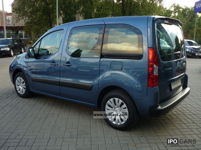 2010 citroen berlingo multispace hdi 110 fap air car photo and specs. Black Bedroom Furniture Sets. Home Design Ideas