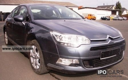 2010 citroen c5 hdi 110 fap navi pdc cruise control car photo and specs. Black Bedroom Furniture Sets. Home Design Ideas