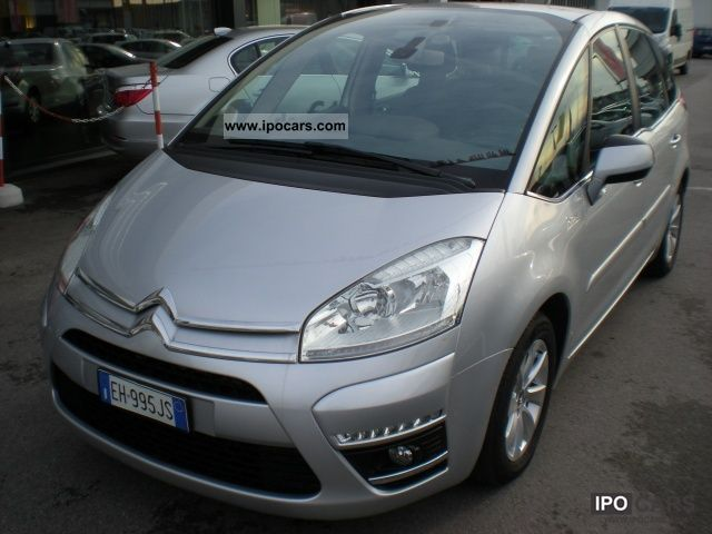 2011 citroen c4 picasso 1 6 hdi 110 fap exclusive car photo and specs. Black Bedroom Furniture Sets. Home Design Ideas