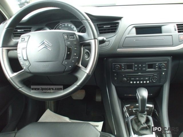 2009 citroen c5 tourer exclusive series iii car photo and specs. Black Bedroom Furniture Sets. Home Design Ideas