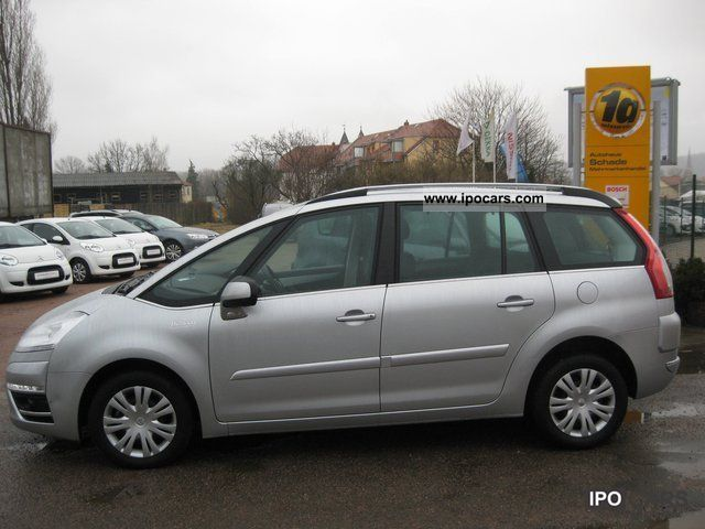 2011 citroen grand c4 picasso hdi tendance 110 car photo and specs. Black Bedroom Furniture Sets. Home Design Ideas