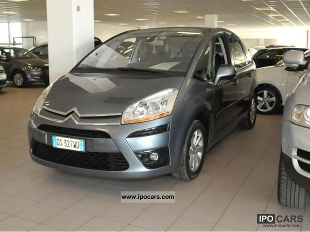 2009 citroen c4 gr picasso 1 6 hdi 110 fap elegance car photo and specs. Black Bedroom Furniture Sets. Home Design Ideas