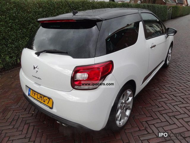 2010 citroen ds3 1 6 thp sport chic 114 kw 3 doors car photo and specs. Black Bedroom Furniture Sets. Home Design Ideas