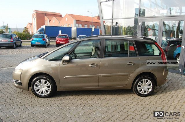 2010 citroen grand c4 picasso hdi 110 7 seater cooltech car photo and specs. Black Bedroom Furniture Sets. Home Design Ideas