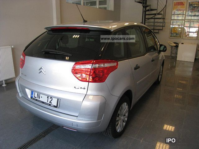 2011 citroen c4 picasso 1 6 hdi fap cooltech car photo and specs. Black Bedroom Furniture Sets. Home Design Ideas