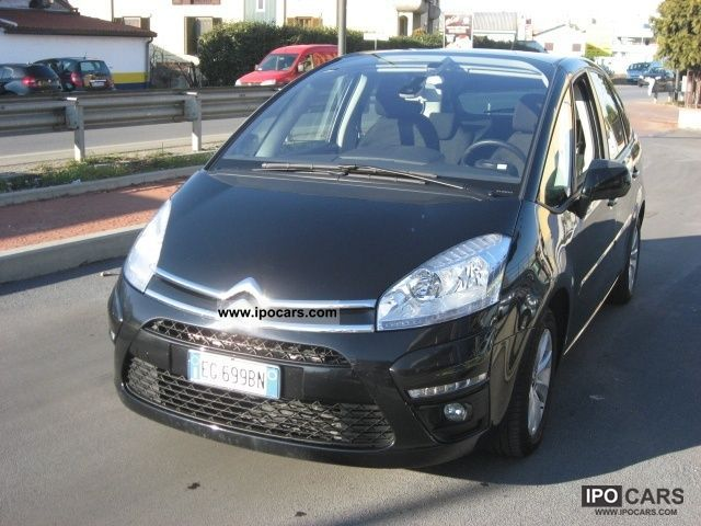2011 citroen c4 picasso 1 6 hdi 110 fap seduction car photo and specs. Black Bedroom Furniture Sets. Home Design Ideas