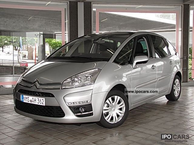 2011 citroen c4 picasso 1 6 hdi 110 fap tendance air car photo and specs. Black Bedroom Furniture Sets. Home Design Ideas