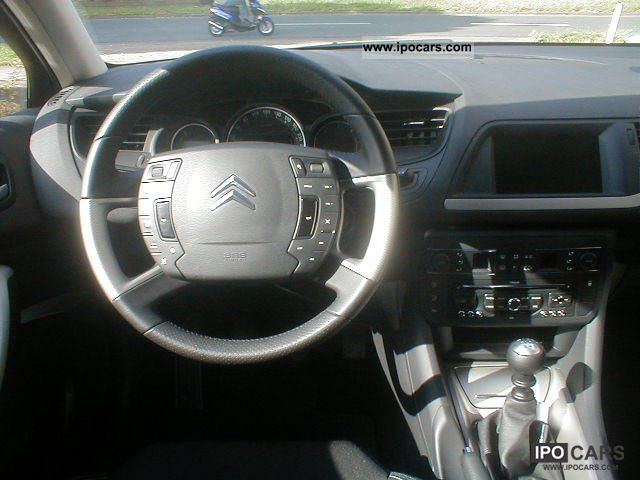 2010 citroen c5 hdi 140 fap tendance navigation shz car photo and specs. Black Bedroom Furniture Sets. Home Design Ideas