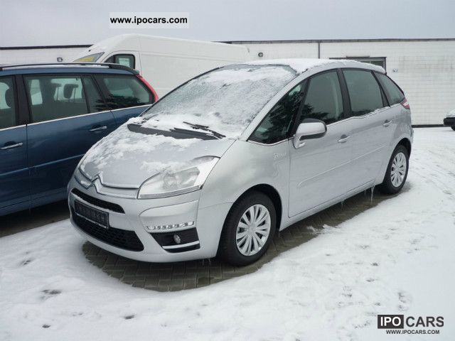 2012 citroen c4 picasso hdi 110 fap selection car photo and specs. Black Bedroom Furniture Sets. Home Design Ideas