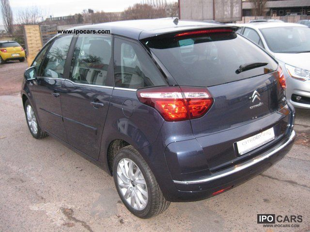 2011 citroen c4 picasso tendance car photo and specs. Black Bedroom Furniture Sets. Home Design Ideas