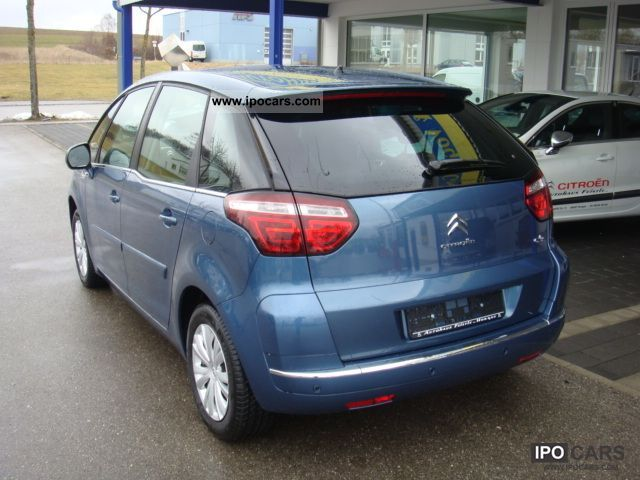 2011 citroen c4 picasso car photo and specs. Black Bedroom Furniture Sets. Home Design Ideas