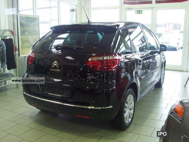 2012 citroen citro n c4 picasso selection vti 120 39 special price 39 car photo and specs. Black Bedroom Furniture Sets. Home Design Ideas