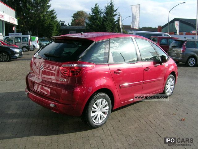 2012 citroen c4 picasso hdi 110 5s tendance car photo and specs. Black Bedroom Furniture Sets. Home Design Ideas