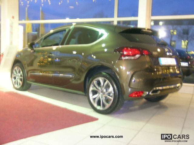 2011 citroen ds4 thp 200 sport chic navi car photo and specs. Black Bedroom Furniture Sets. Home Design Ideas
