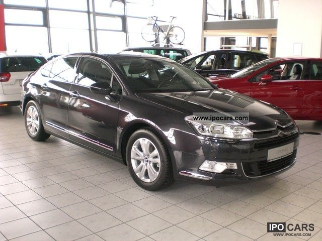 2012 citroen c5 iii hdi 165 fap selection car photo and specs. Black Bedroom Furniture Sets. Home Design Ideas