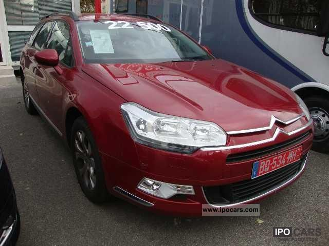 2011 citroen c5 1 6 hdi 110 fap comfort tourer car photo and specs. Black Bedroom Furniture Sets. Home Design Ideas