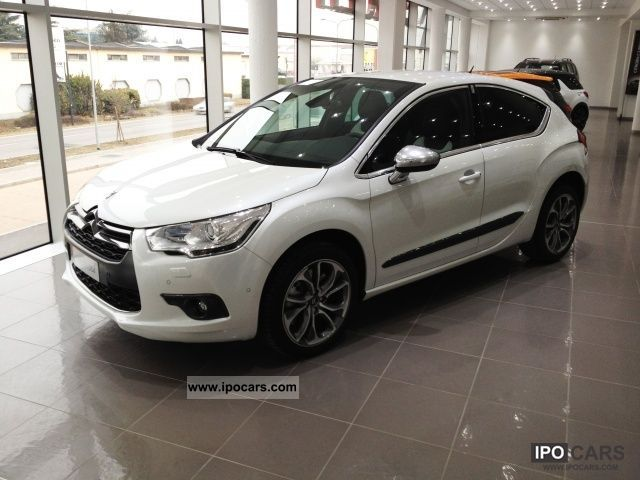 2012 citroen ds4 1 6 thp 200 sport chic car photo and specs. Black Bedroom Furniture Sets. Home Design Ideas