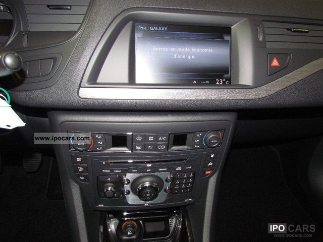 2012 citroen c5 tourer hdi 140 exclusive navigation car photo and specs. Black Bedroom Furniture Sets. Home Design Ideas
