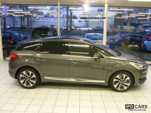 2011 citroen ds5 hybrid4 egs6 chic car photo and specs. Black Bedroom Furniture Sets. Home Design Ideas