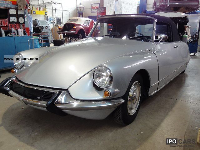 Citroen  DS 21 Convertible silver met. Black leather 1965 Vintage, Classic and Old Cars photo