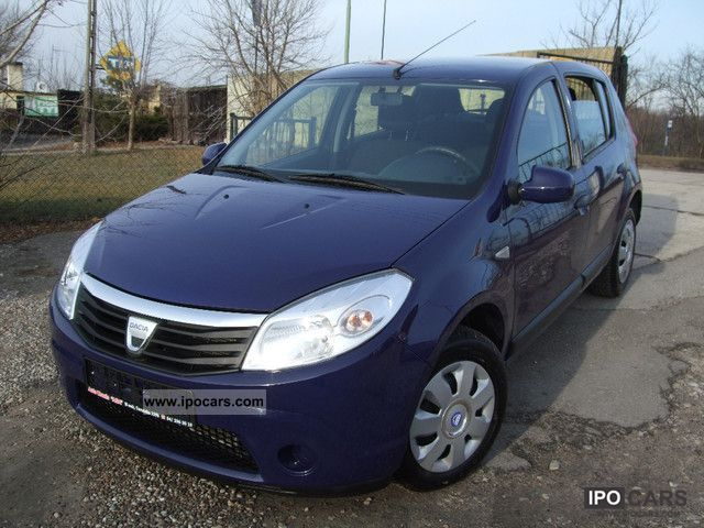 2009 dacia sandero car photo and specs. Black Bedroom Furniture Sets. Home Design Ideas