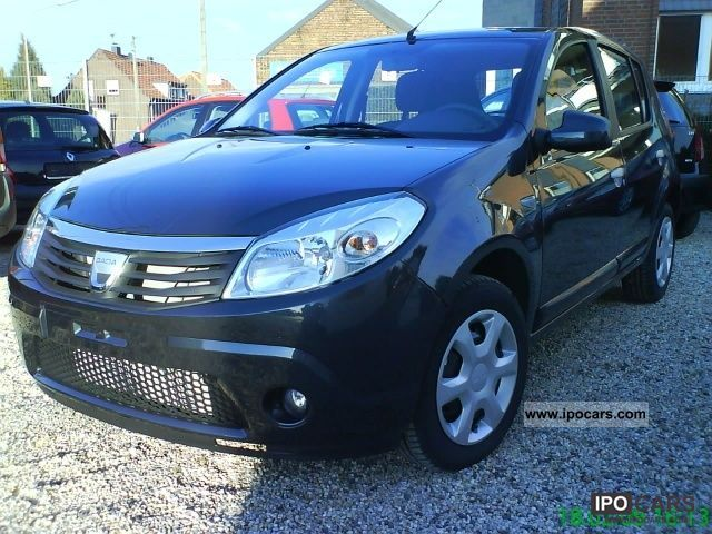 2011 dacia sandero 1 2 base n car photo and specs. Black Bedroom Furniture Sets. Home Design Ideas