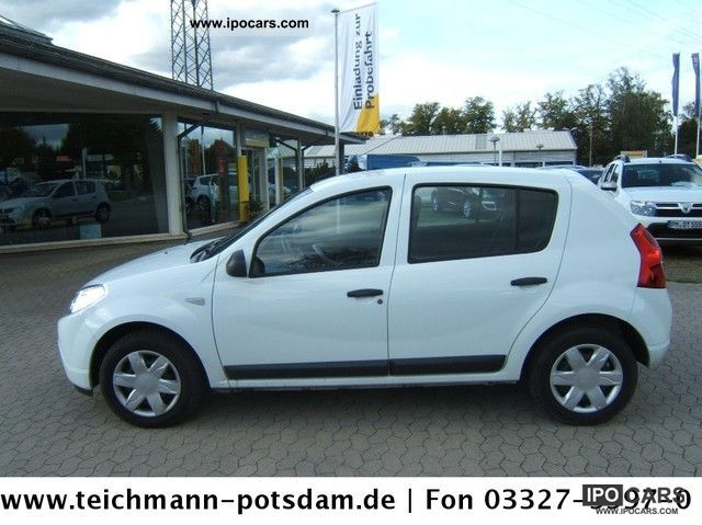 2010 dacia sandero 1 4 mpi ambiance car photo and specs. Black Bedroom Furniture Sets. Home Design Ideas