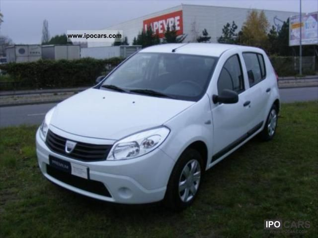 2010 dacia sandero 1 4 gpl ambiance 5p car photo and specs. Black Bedroom Furniture Sets. Home Design Ideas