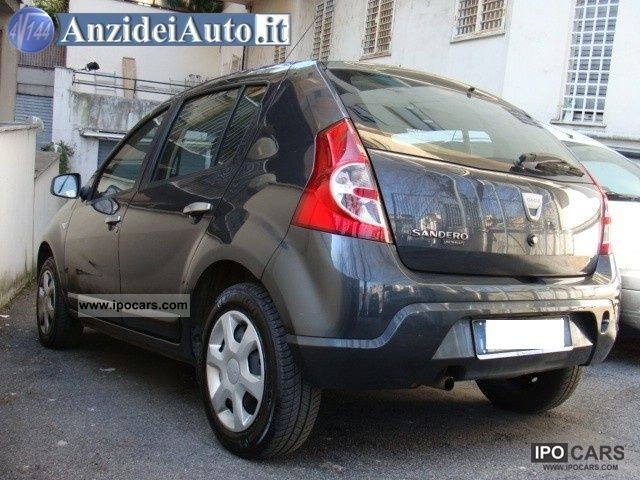 2010 dacia sandero 1 4 8v gpl car photo and specs. Black Bedroom Furniture Sets. Home Design Ideas