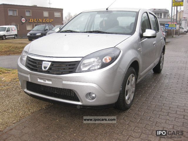 2010 dacia sandero 1 4 mpi lpg ambiance car photo and specs. Black Bedroom Furniture Sets. Home Design Ideas