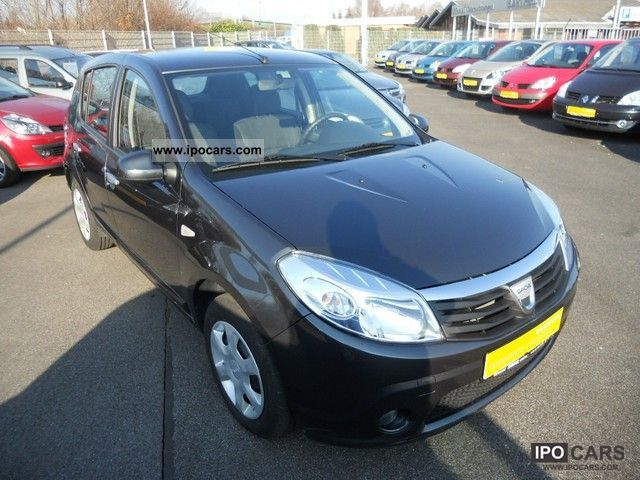 2010 dacia sandero 1 4 mpi laureate car photo and specs. Black Bedroom Furniture Sets. Home Design Ideas