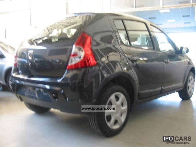 2012 dacia sandero 1 6 blackline gpl car photo and specs. Black Bedroom Furniture Sets. Home Design Ideas