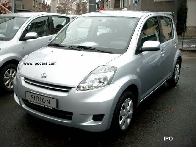 2010 Daihatsu  Sirion 1.0 climate year-old car Small Car Used vehicle photo