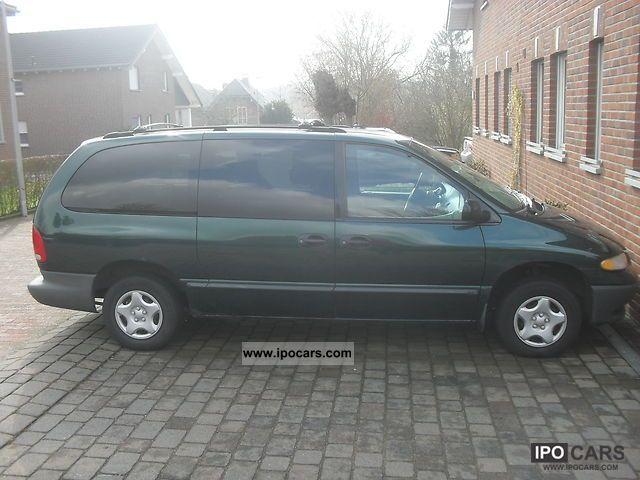1999 Dodge  Grand Caravan Van / Minibus Used vehicle photo