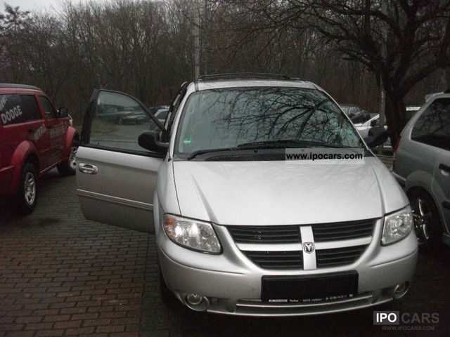 2007 Dodge  Grand Caravan SXT 3.8 Stow'n Go Van / Minibus Used vehicle photo