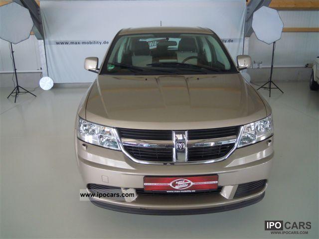 2010 Dodge  Journey 2.4 SE, Flüssigas see clean, checkbook Van / Minibus Used vehicle photo
