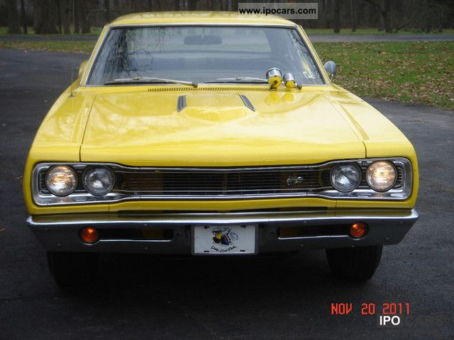 Dodge  Coronet Super Bee V8/440 We speak German .. 1969 Vintage, Classic and Old Cars photo